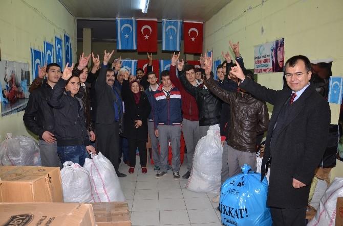 MHP'li Kadınlardan Türkmenlere Yardım
