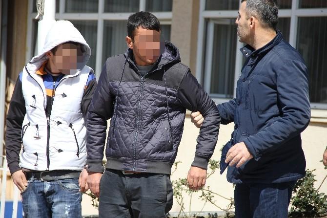 Cinsel İstismardan Ceza Alan 4 Genç Tutuklandı