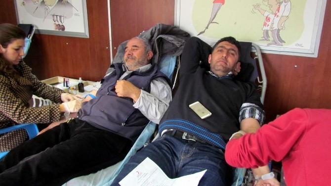 Muhtarlardan Kan Bağışı Kampanyasına Destek