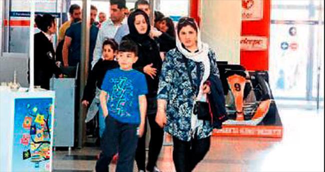 AVM'lerde İranlı bereketi yaşanıyor