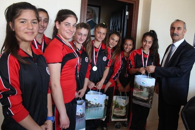 Culha: Sporun Ve Sporcunun Yanındayız