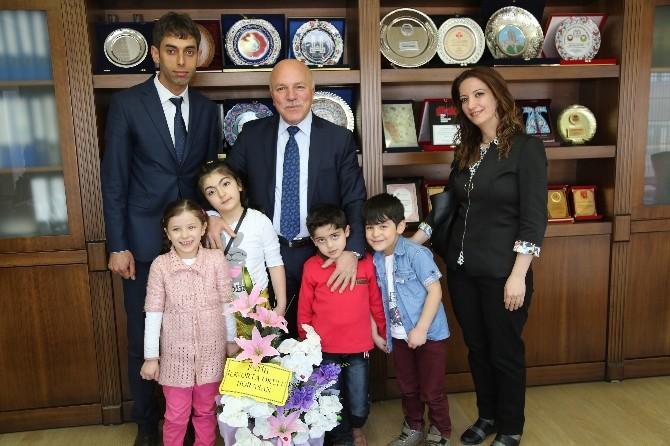 Başkan Sekmen'in Minik Misafirleri