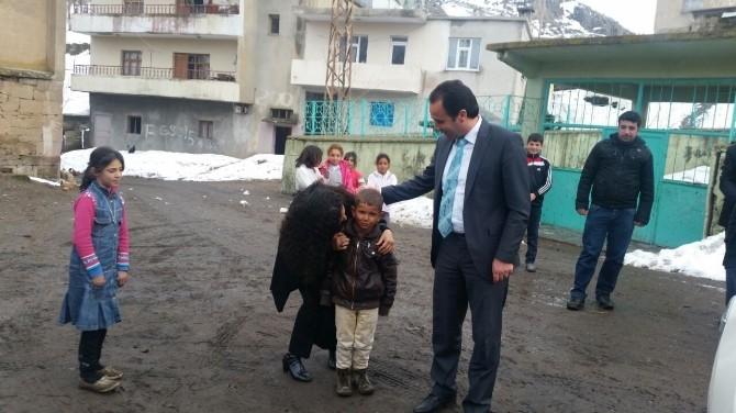 Kaymakam Erkan'dan Türbe Ziyareti