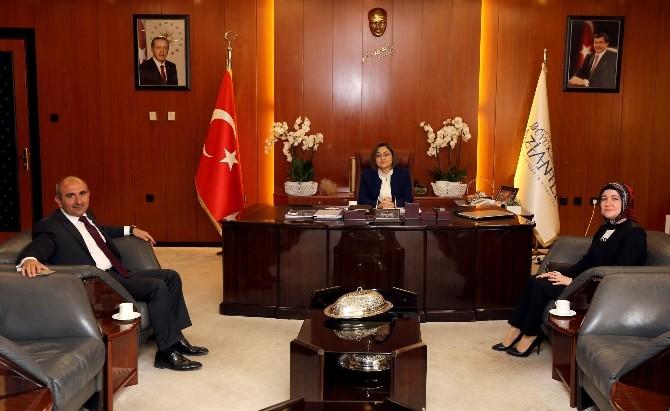 Başkan Kara, Fatma Şahin'i Ziyaret Etti