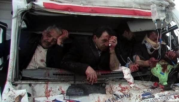 Kütahya-afyonkarahisar Karayolu'nda Can Pazarı: 4 Kişi Yaralandı
