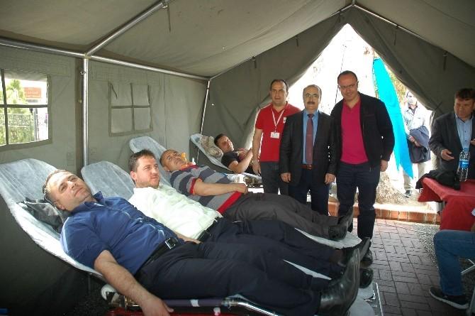 Çanakkale'nin 100'üncü Yılında AGD'den Kan Bağışı Kampanyası