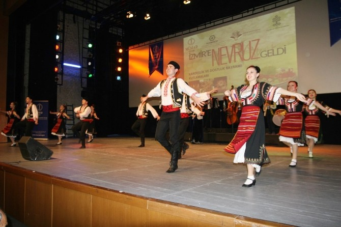 MÜSİAD Nevruz'u İzmir'e Getirdi
