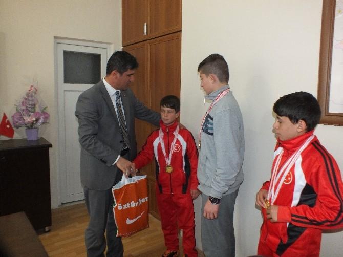 Ulukışla Yibo Güreşçileri Türkiye Şampiyonasında