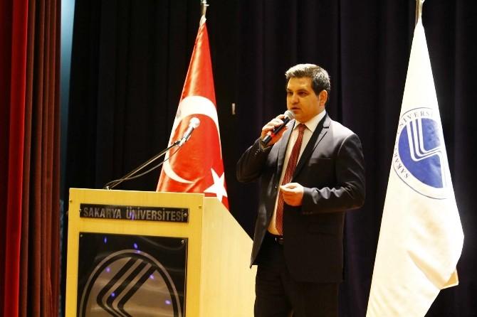 """SAÜ'de """"Bir Milletin Kader Anı Çanakkale 1915"""" Konulu Konferans Düzenlendi"""