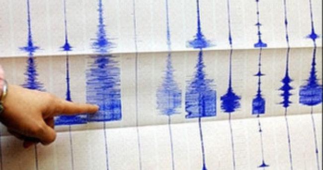 Kuşadası Körfezi'nde deprem!