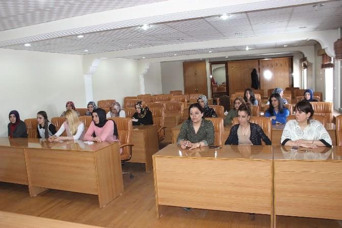 Ağrı Belediyesi 'Nden Kadın Kurulu