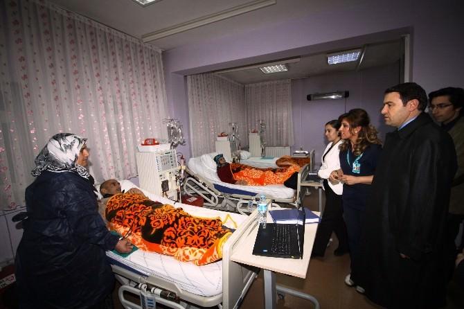 Vali Işın, Hastanede İncelemelerde Bulundu