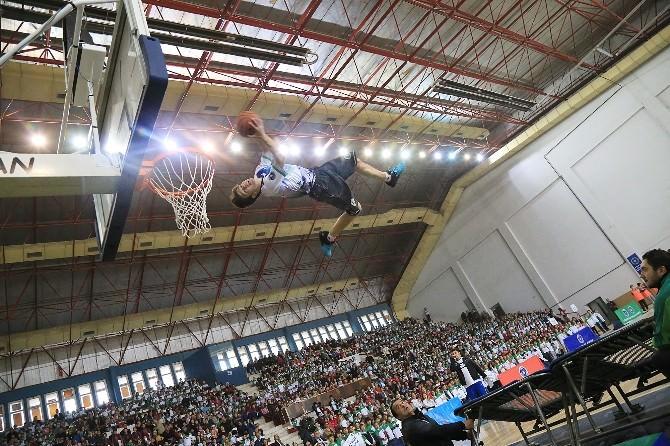 Orhangazi'de Şenlik Havasında Spor