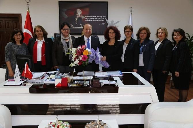 CHP Aydın İl Kadın Kollarından Efeler Belediyesi'ne Ziyaret