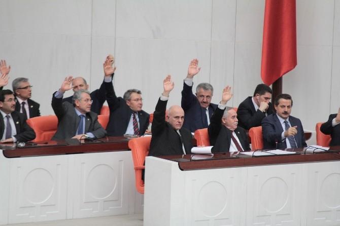 Torba Yasa Genel Kurul'da Kabul Edildi