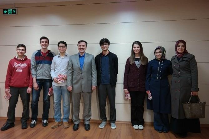 Şehzade Mehmet Koleji 2015 YGS'de İlk Bine Giren Öğrencilerini Ödüllendirdi