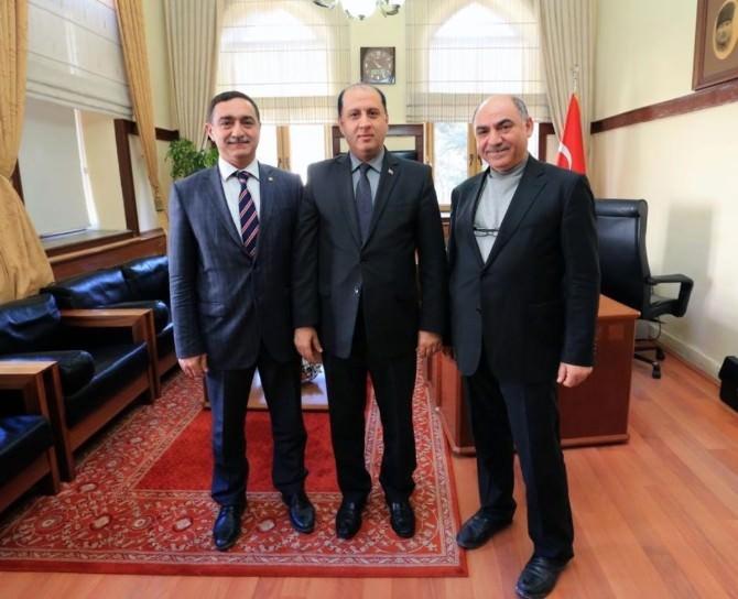 Prof. Dr. Karahocagil'den Vali Çomaktekin'e Ziyaret