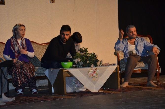 """Polat: """"Tiyatro Festivali İçin Ne Gerekiyorsa Yaparız"""""""