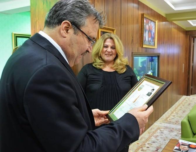 Başkan Çerçi Şehit Kızı Ve Torunlarını Ağırladı
