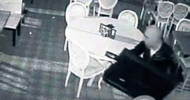 Kar maskesi takıp TV çaldılar