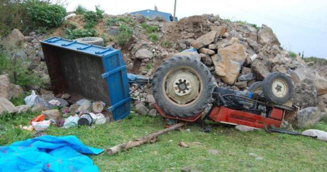 Tarım işçileri kaza yaptı: 2 ölü