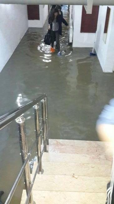 Kyk Afyonkarahisar Çiğiltepe Kız Öğrenci Yurdunda Sel Baskını