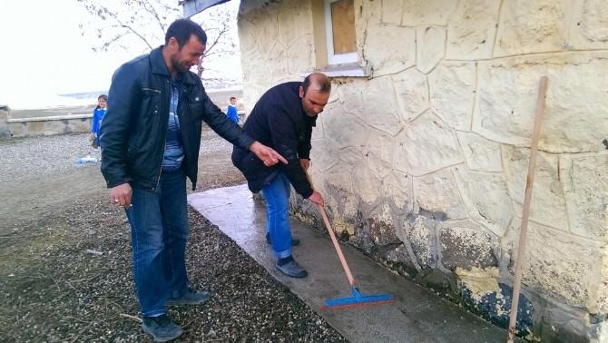 Abubekir Öğretmen Köyün Çehresini Değiştirdi
