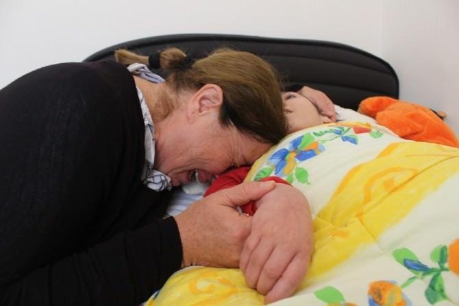 Fedakar Annenin Yürek Burkan Yardım Çığlığı