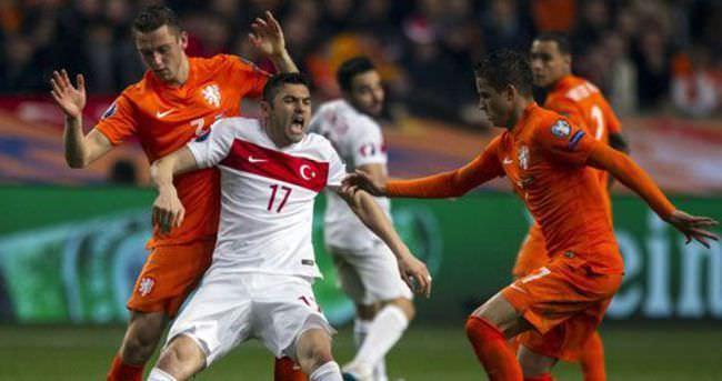 Hollanda-Türkiye maçı Avrupa'da yankılandı
