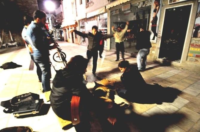 Sokak Sanatçılarıyla Coşuyorlar