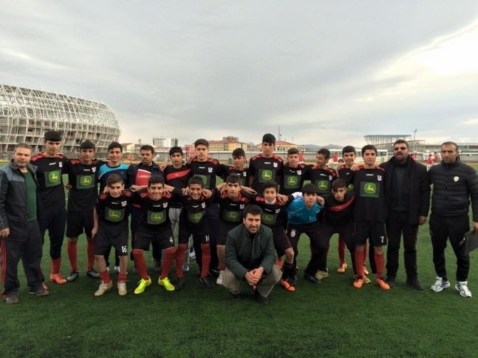 Ergani Gençlerbirliği, Türkiye'nin İlk 4 Takımı Arasında
