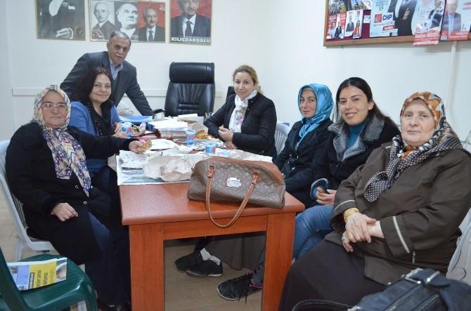 CHP Kula'da Demokrasi Şöleni Gibi Ön Seçim