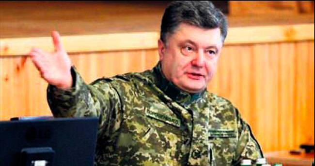Ukrayna liderinin serveti yarıya indi