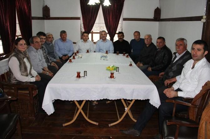 Başkan Karataş AK Partili Yöneticiler İle Buluştu