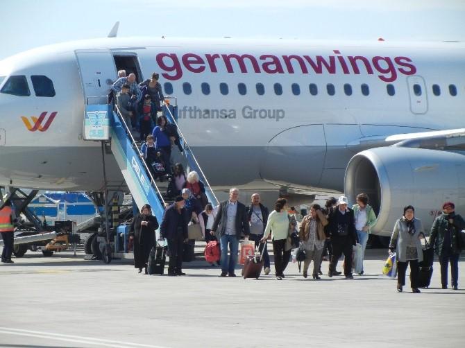 Edremit-dusseldorf Uçuşları Başladı