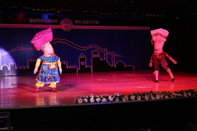 Halk Dansları Coşkusu