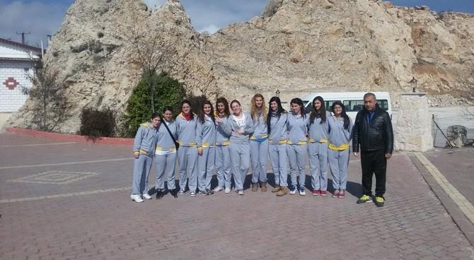 DÜ Bayan Voleybol Takımı Ünilig'de Bölge Şampiyonu Oldu