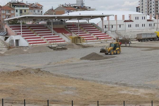 Kemal Kaynaş Stadyumunda Bakım Onarım Çalışmaları Sürüyor