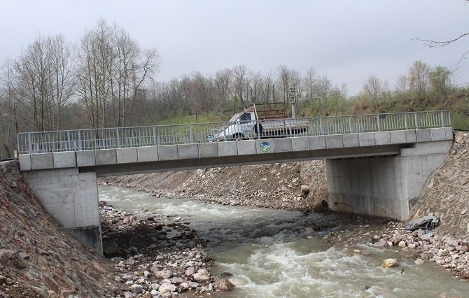 Başkan Zeki Toçoğlu; Uludere Köprüsü'nde Çalışmalar Tamamlandı