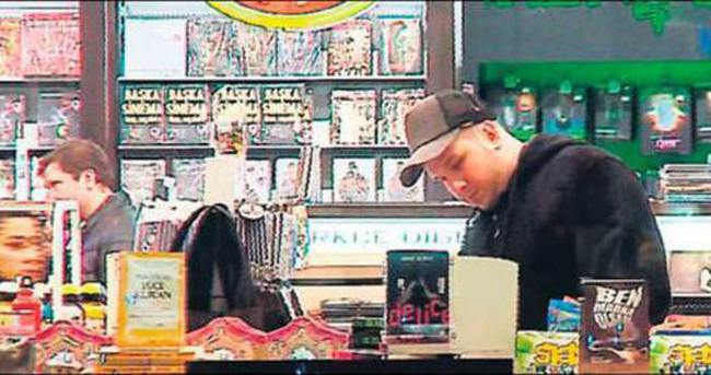 Şahan Gökbakar DVD kurdu çıktı