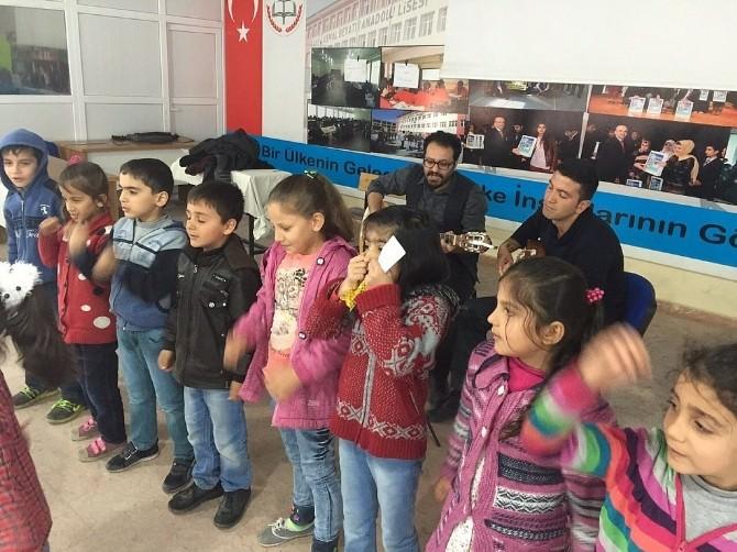 Petrol Ofisi İlkokulu'ndan Yetim Öğrenciler Yararına Yardım Konseri