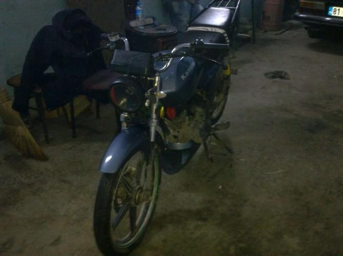 Motosiklet Ve Bisiklet Hırsızları Polisten Kaçamadı