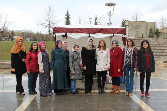 Elazığ'da Köy Okullarına Yardım Kermesi