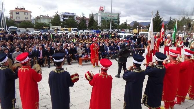 Erzincan Belediyesi 2015 Yılı 35 Milyon TL'lik Yatırım Projelerinin Açılış Kurdalesini Kesti