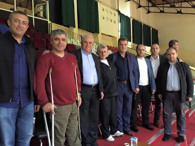 KKTC Başbakanı Özkan Yorgancıoğlu, Yalova Ortopedikler Spor Kulübü'nü Tebrik Etti