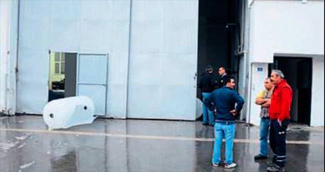 Fabrikada patlama oldu 2 kişi yaralandı