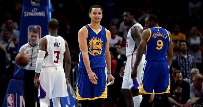 Warriors'ı Clippers da durduramadı