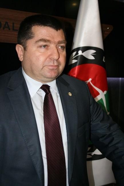 Düzce Baro Başkanı Ali Dilber, Savcı Kiraz'a Yapılan Saldırıyı Kınadı