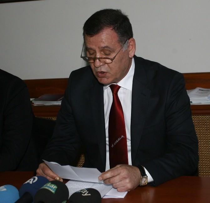 Rize'de CHP Yeni Yönetimi İle Basın Karşısına Geçti