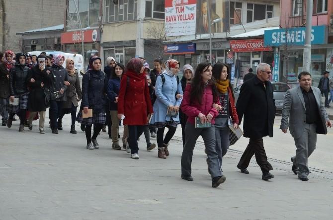 Erzurum Kütüphane Haftasını Okuyarak Kutladı
